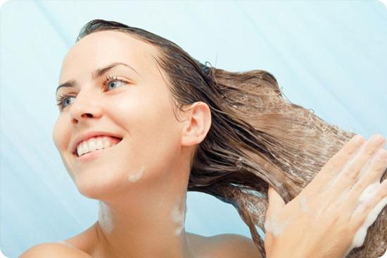 mulher-lavando-cabelo1_thumb[7]